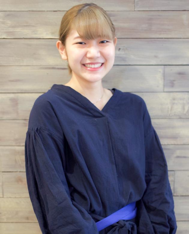 川﨑 秀奈美